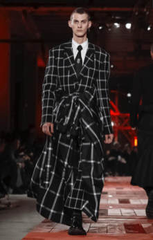 ALEXANDER MCQUEEN MENSWEAR FALL WINTER 2018 PARIS28