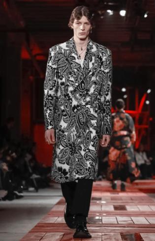 ALEXANDER MCQUEEN MENSWEAR FALL WINTER 2018 PARIS9