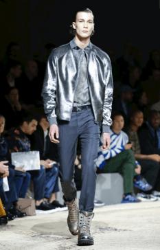 LOUIS VUITTON MENSWEAR FALL WINTER 2018 PARIS17