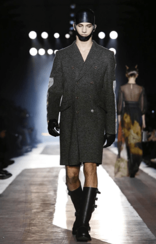 MOSCHINO FALL WINTER 2018 MENSWEAR AND WOMEN PRECOLLECTION MILAN28