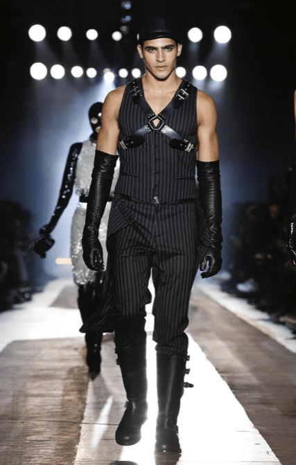 MOSCHINO FALL WINTER 2018 MENSWEAR AND WOMEN PRECOLLECTION MILAN35