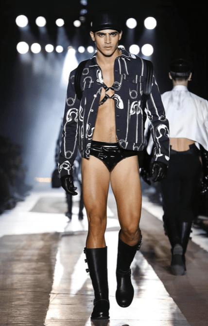 MOSCHINO FALL WINTER 2018 MENSWEAR AND WOMEN PRECOLLECTION MILAN7