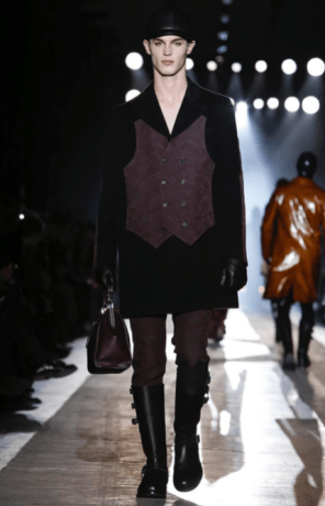 MOSCHINO FALL WINTER 2018 MENSWEAR AND WOMEN PRECOLLECTION MILAN74