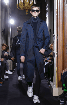 VALENTINO MENSWEAR FALL WINTER 2018 PARIS15
