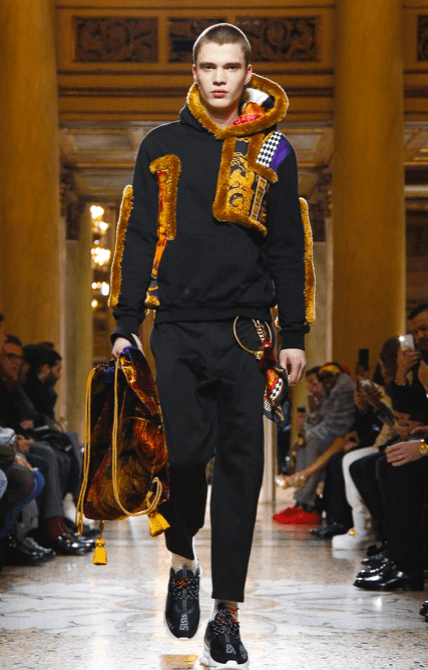 VERSACE MENSWEAR FALL WINTER 2018 MILAN12