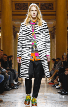 VERSACE MENSWEAR FALL WINTER 2018 MILAN15