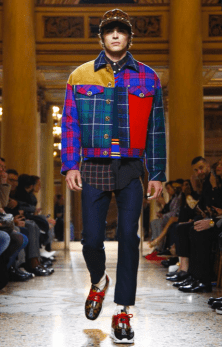 VERSACE MENSWEAR FALL WINTER 2018 MILAN9
