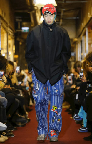 VETEMENTS MENSWEAR FALL WINTER 2018 PARIS43