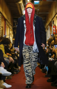 VETEMENTS MENSWEAR FALL WINTER 2018 PARIS53