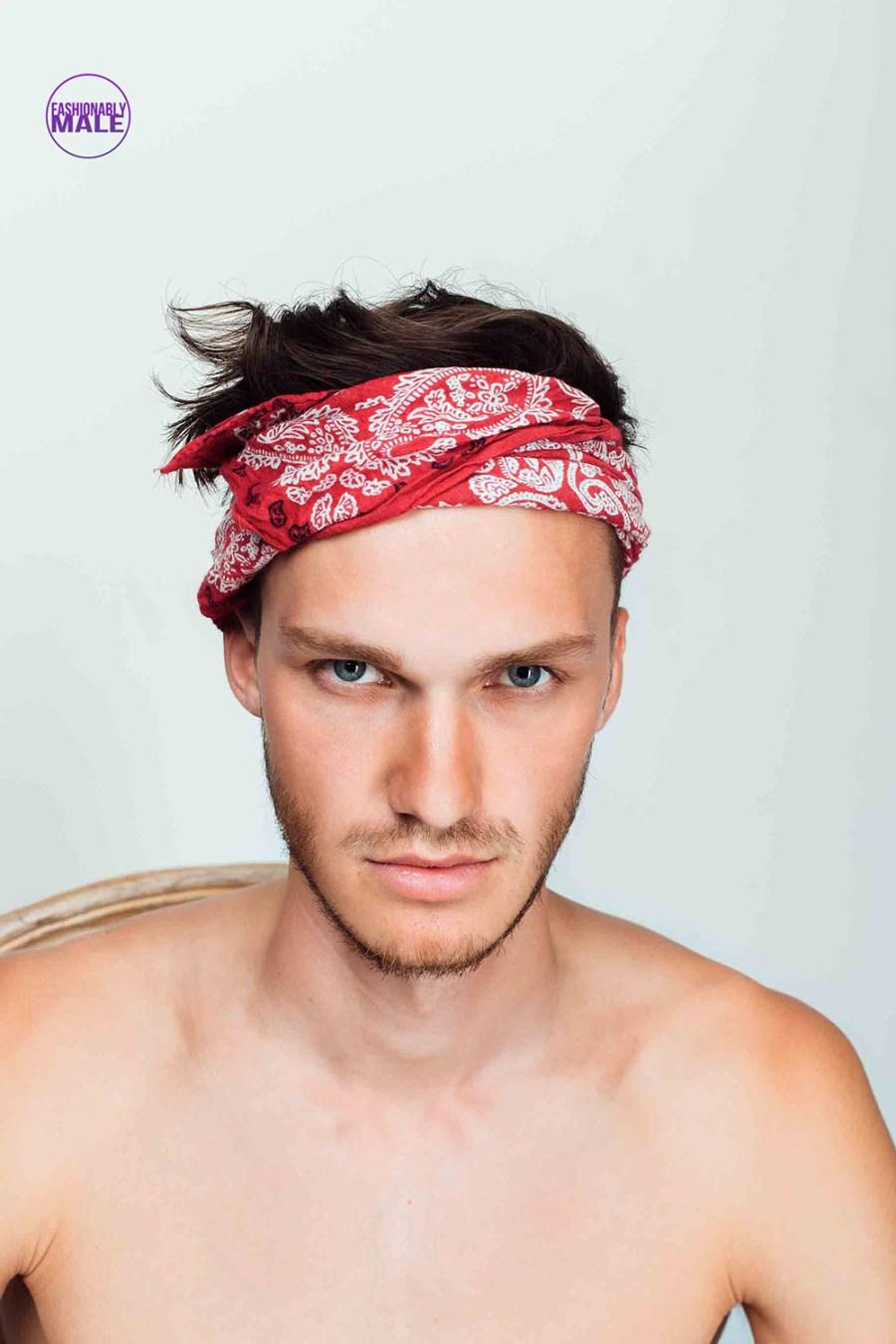 Find the Perfect Russian Male Model: Artyem Pogodin pics by Victor Lluncor