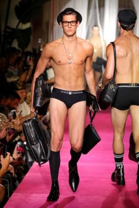 Dolce & Gabbana Naked King Secret Spring Summer 2019 Milan11