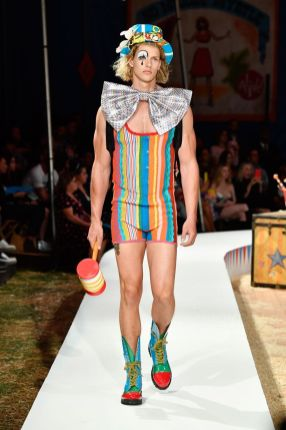 Moschino Menswear Spring Summer 2019 & Women's Resort Los Angeles11
