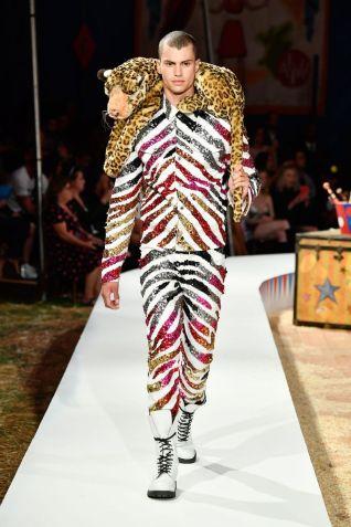 Moschino Menswear Spring Summer 2019 & Women's Resort Los Angeles24