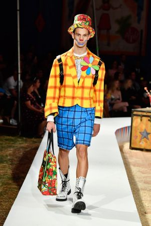 Moschino Menswear Spring Summer 2019 & Women's Resort Los Angeles26