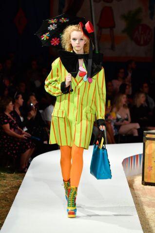 Moschino Menswear Spring Summer 2019 & Women's Resort Los Angeles29