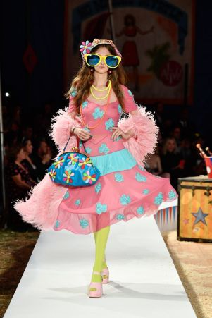 Moschino Menswear Spring Summer 2019 & Women's Resort Los Angeles32