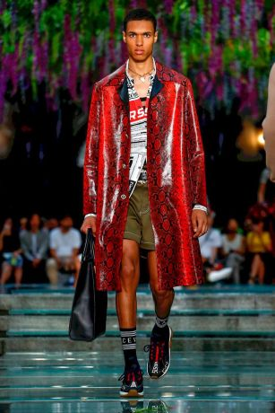 Versace Menswear Spring Summer 2019 Milan13