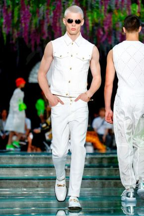 Versace Menswear Spring Summer 2019 Milan26