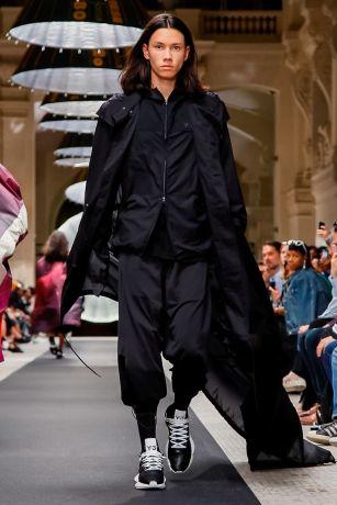 Y-3 Menswear Spring Summer 2019 Paris15