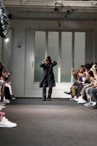 Yohji Yamamoto Menswear Spring Summer 2019 Paris
