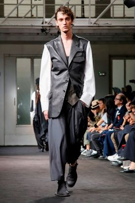 Yohji Yamamoto Menswear Spring Summer 2019 Paris13