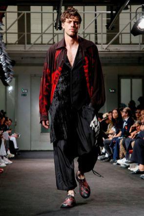 Yohji Yamamoto Menswear Spring Summer 2019 Paris22