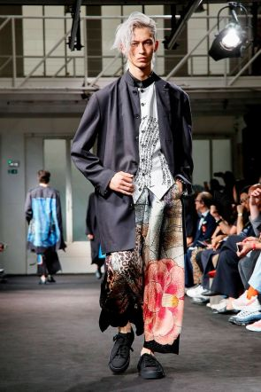 Yohji Yamamoto Menswear Spring Summer 2019 Paris24