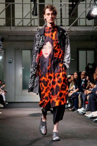 Yohji Yamamoto Menswear Spring Summer 2019 Paris32