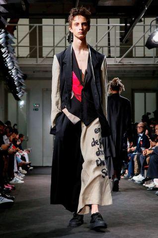 Yohji Yamamoto Menswear Spring Summer 2019 Paris35