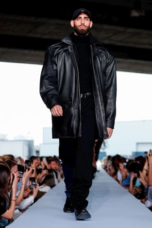 Vetements Ready To Wear Spring Summer 2019 Paris24