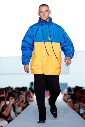 Vetements Ready To Wear Spring Summer 2019 Paris35