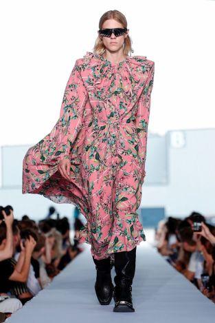 Vetements Ready To Wear Spring Summer 2019 Paris43