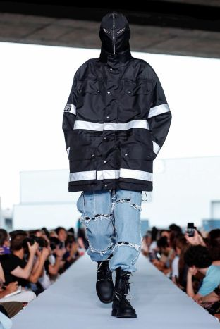 Vetements Ready To Wear Spring Summer 2019 Paris50