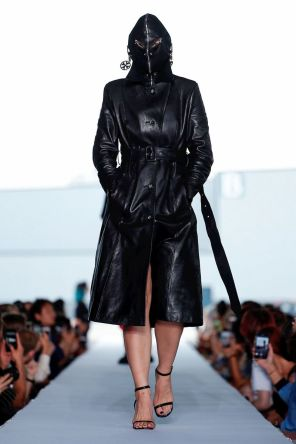 Vetements Ready To Wear Spring Summer 2019 Paris9