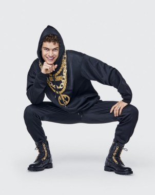 Moschino x H&M Lookbook18