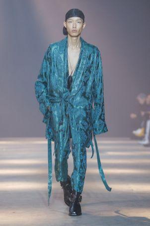 Ann Demeulemeester Menswear Fall Winter 2019 Paris30