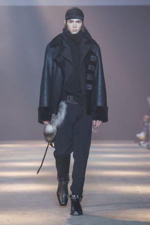 Ann Demeulemeester Menswear Fall Winter 2019 Paris31