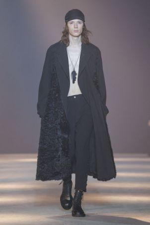 Ann Demeulemeester Menswear Fall Winter 2019 Paris33