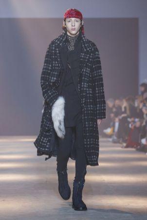 Ann Demeulemeester Menswear Fall Winter 2019 Paris37