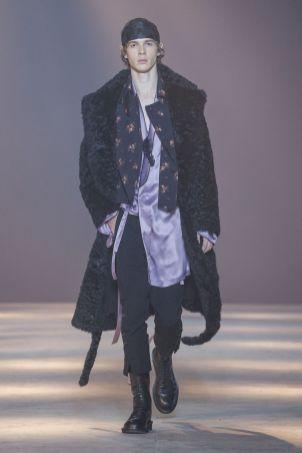 Ann Demeulemeester Menswear Fall Winter 2019 Paris38