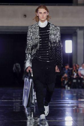 Balmain Homme Menswear Fall Winter 2019 Paris11