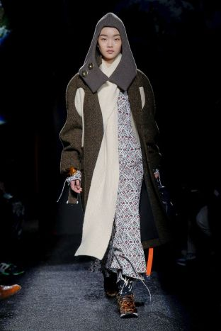 J.W. Anderson Menswear Fall Winter 2019 Paris36