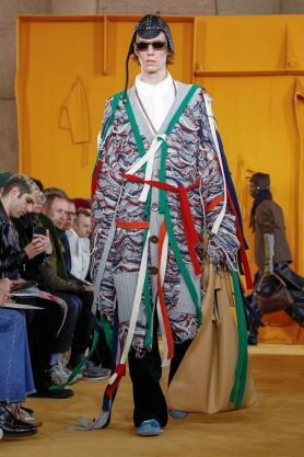 Loewe Menswear Fall Winter 2019 Paris11