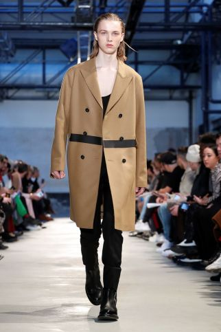 No21 Fall Winter 2019 Milan17