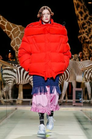Vetements Ready To Wear Fall Winter 2019 Paris11