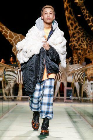 Vetements Ready To Wear Fall Winter 2019 Paris36