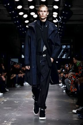Y-3 Men & Women Fall Winter 2019 Paris1