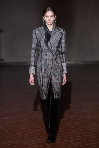 Y:Project Fall:Winter 2019 Florence44