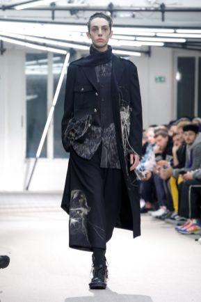 Yohji Yamamoto Menswear Fall Winter 2019 Paris1
