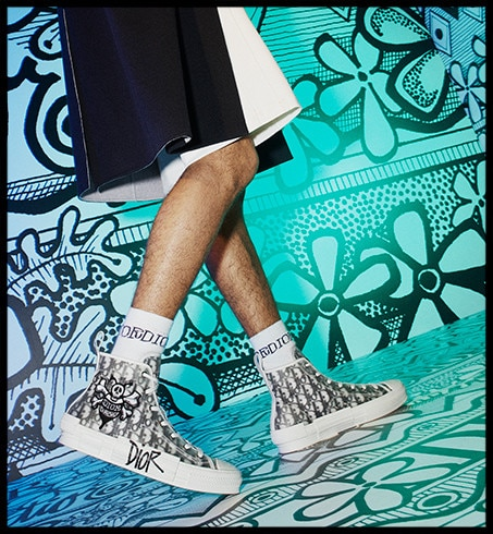 the #DiorOblique motif is reprised for the new 'Saddle Soft' bag, in hobo format, and accents black leather ankle boots with its unmistakable repeat pattern. In addition, striking green moccasins are embellished with the 'DIOR' signature as reinterpreted by @ShawnStussy specially for the collection, discoverable through the link in bio.